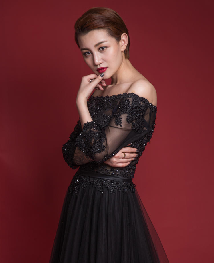 concert black dresses - 5 Ways to Rock Party Dresses in 2021