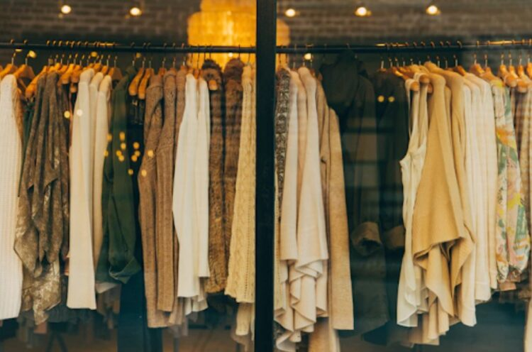 Clothing store 750x496 1 - Tips to Start Your Clothing Line Business