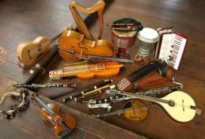 Musical Instruments to Learn 1 300x203 - Here Are 5 Of the Easiest Musical Instruments to Learn