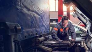 flet scaled 2 300x169 - 5 Benefits Of Outsourcing For Your Fleet Maintenance And Repair
