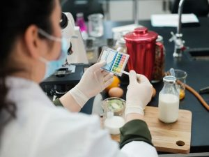 common methods of microbiological food testing everyone should know 300x225 - Common Methods of Microbiological Food Testing Everyone Should Know